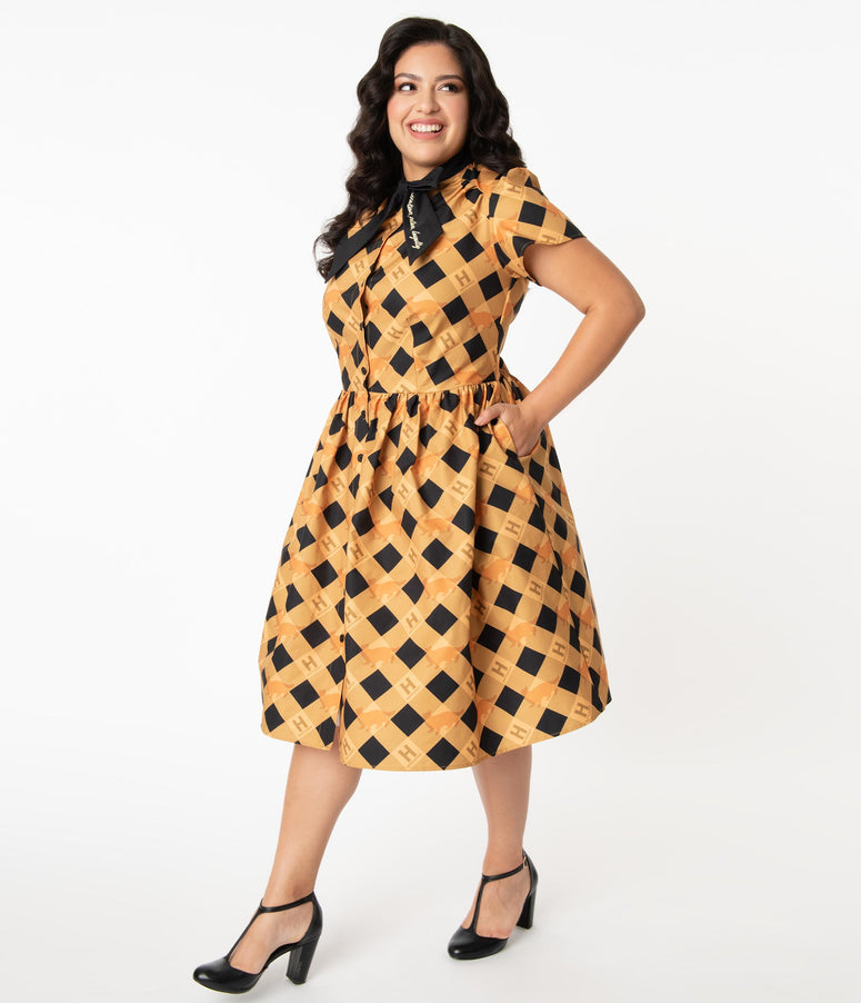 Harry Potter x Unique Vintage Plus Size Hufflepuff Cora Swing Dress