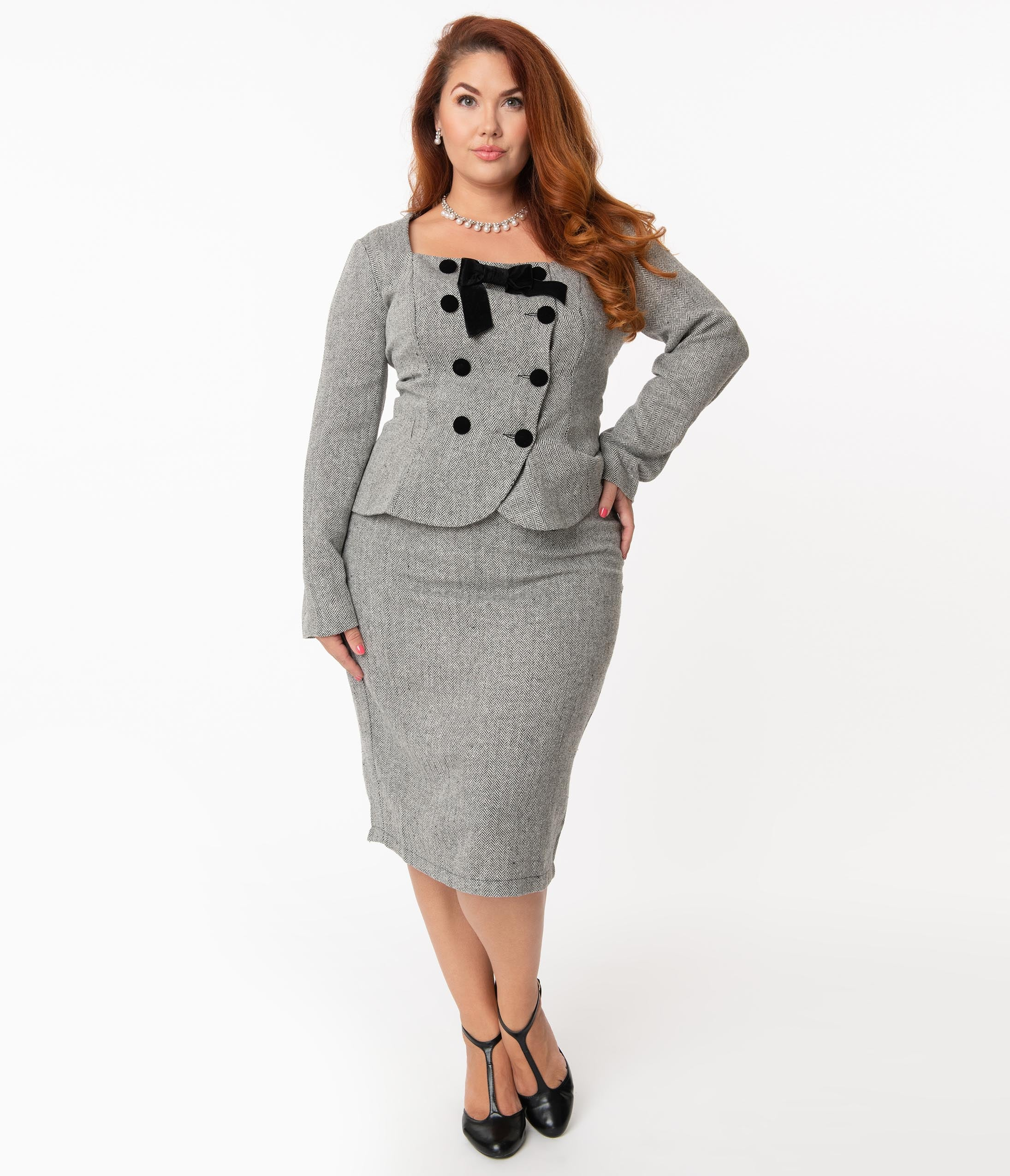 Vintage Suits Women | Work Wear & Office Wear Collectif Plus Size 1940S Grey Herringbone Agatha Pencil Skirt $58.00 AT vintagedancer.com