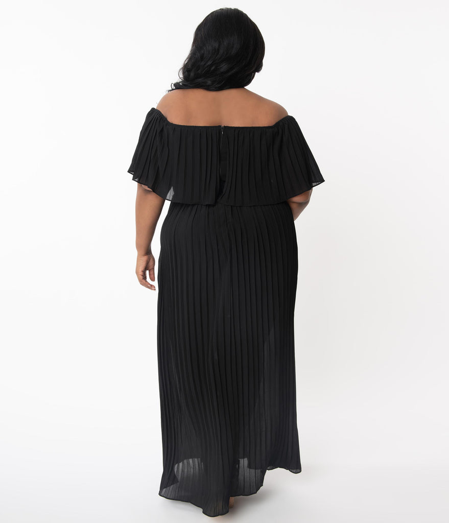 Plus Size Black Off Shoulder Pleated Maxi Dress