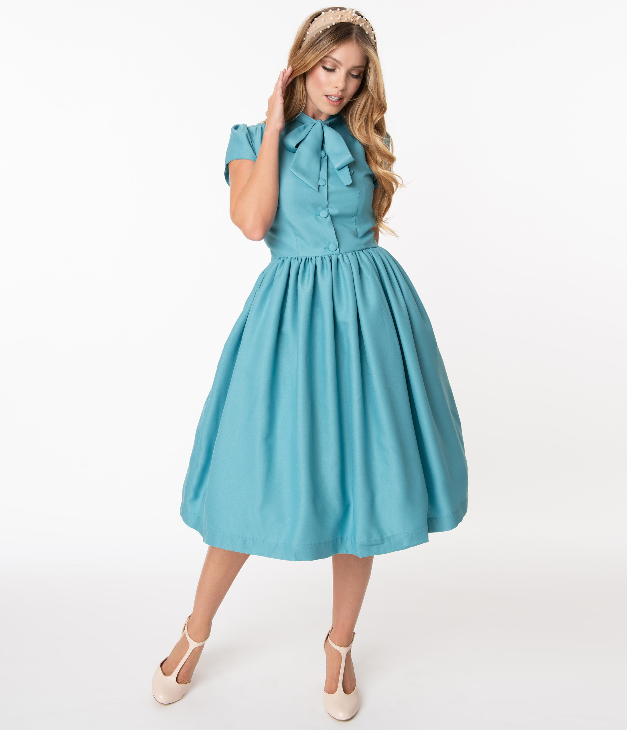 Vintage 50s Dresses: Best 1950s Dress Styles 1950S Style Sky Blue Estelle Swing Dress $88.00 AT vintagedancer.com