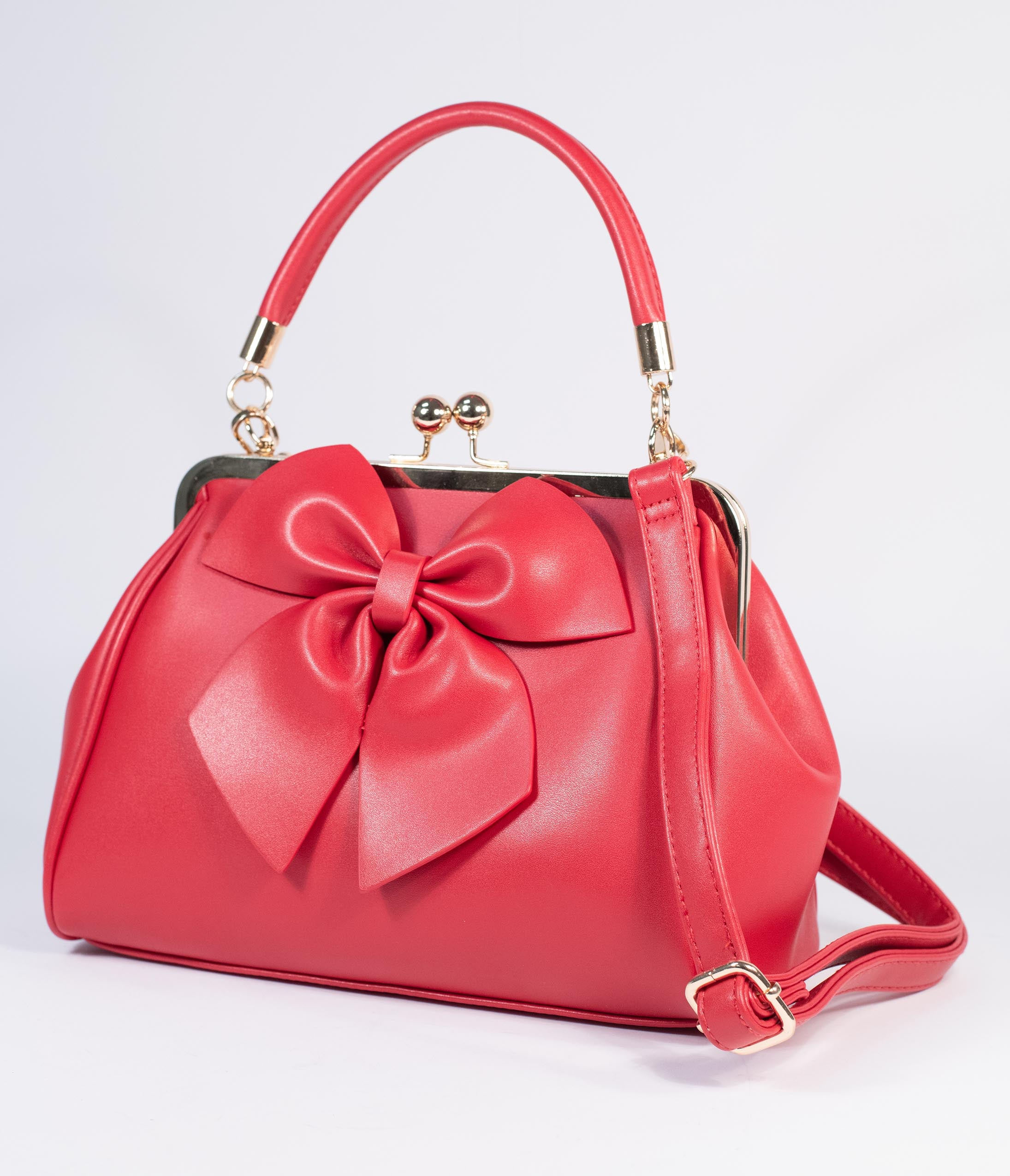 1950s Handbags, Purses, and Evening Bag Styles Red Leatherette Bow Lockwood Handbag $74.00 AT vintagedancer.com
