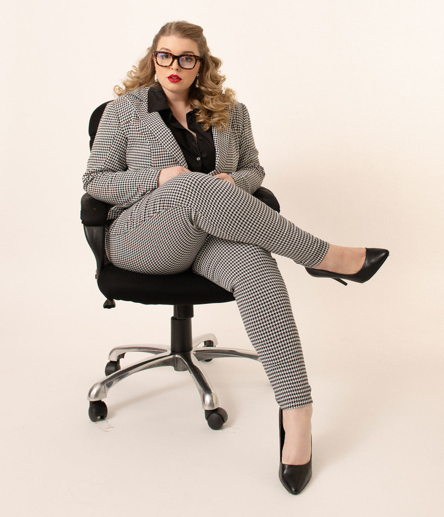 Unique Vintage Plus Size Black & White Houndstooth Rizzo Cigarette Pants