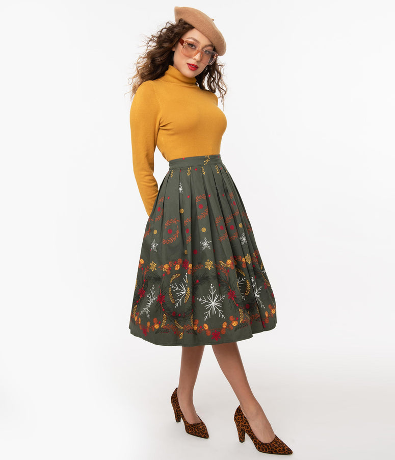 1950s Olive & Winter Leaves Print Pleated Swing Skirt