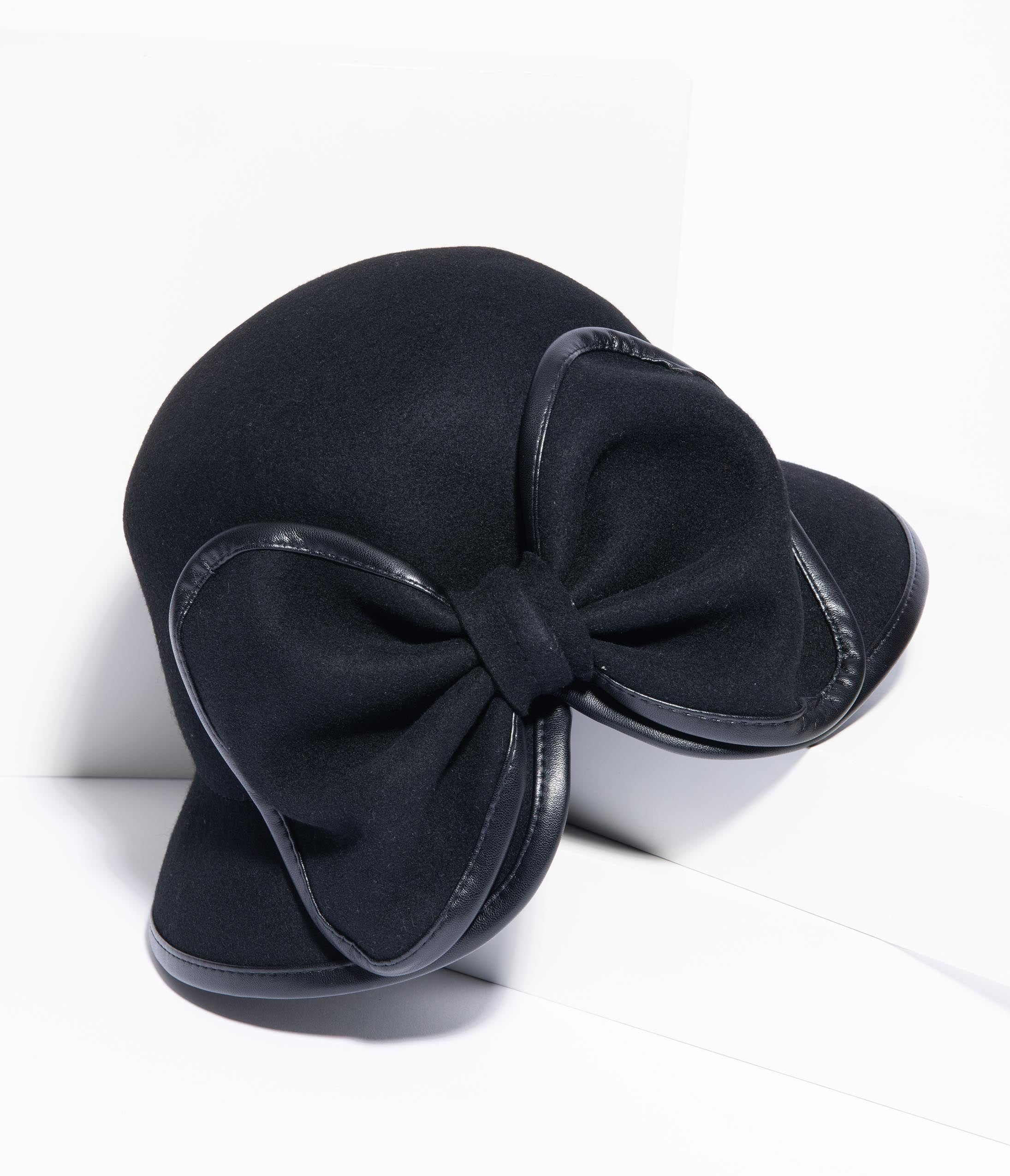 Tea Party Hats – Victorian to 1950s Unique Vintage 1950S Black Wool Bow Cloche Hat $58.00 AT vintagedancer.com