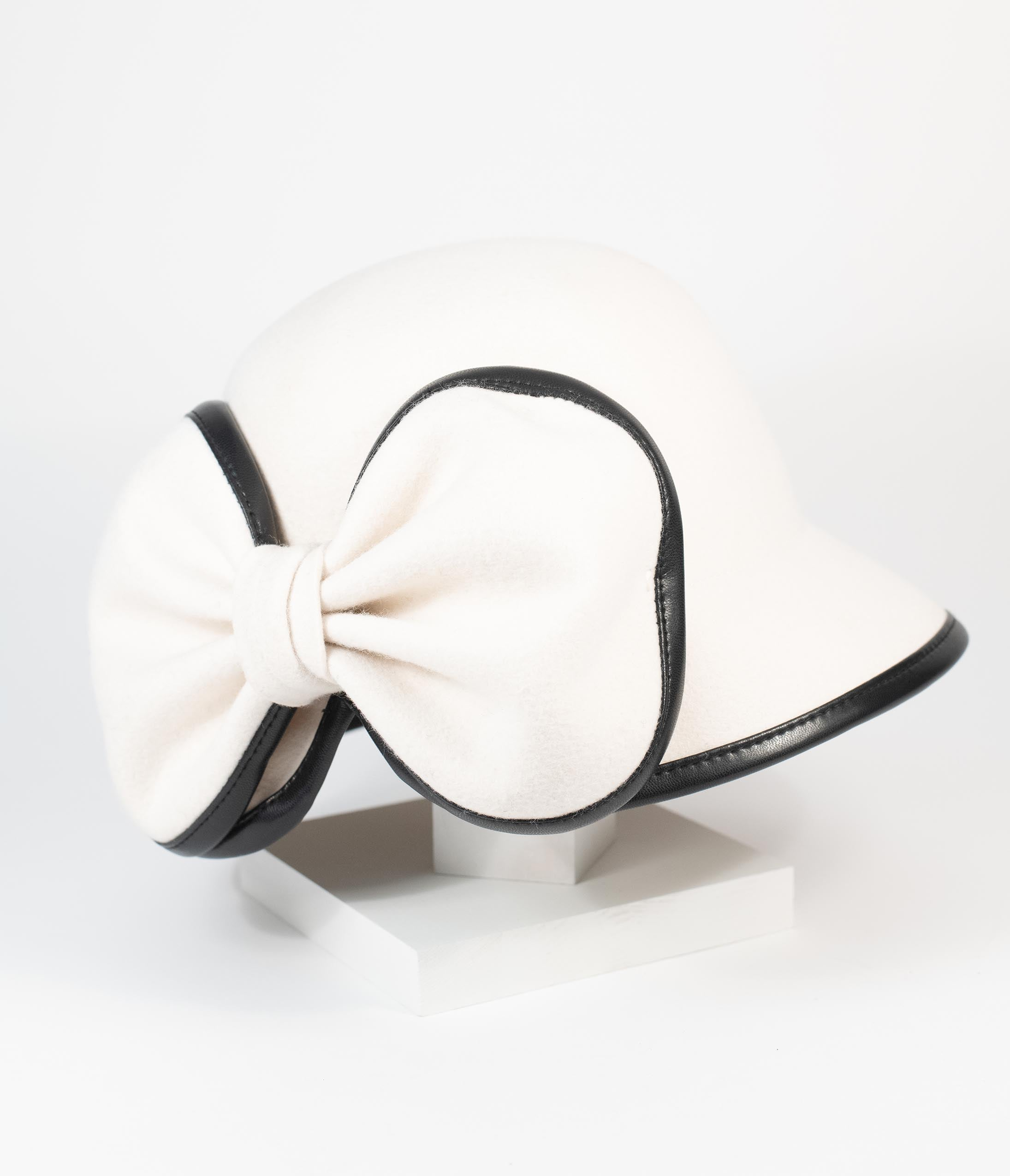 1950s Women's Hat Styles & History Unique Vintage 1950S White Wool Bow Cloche Hat $58.00 AT vintagedancer.com