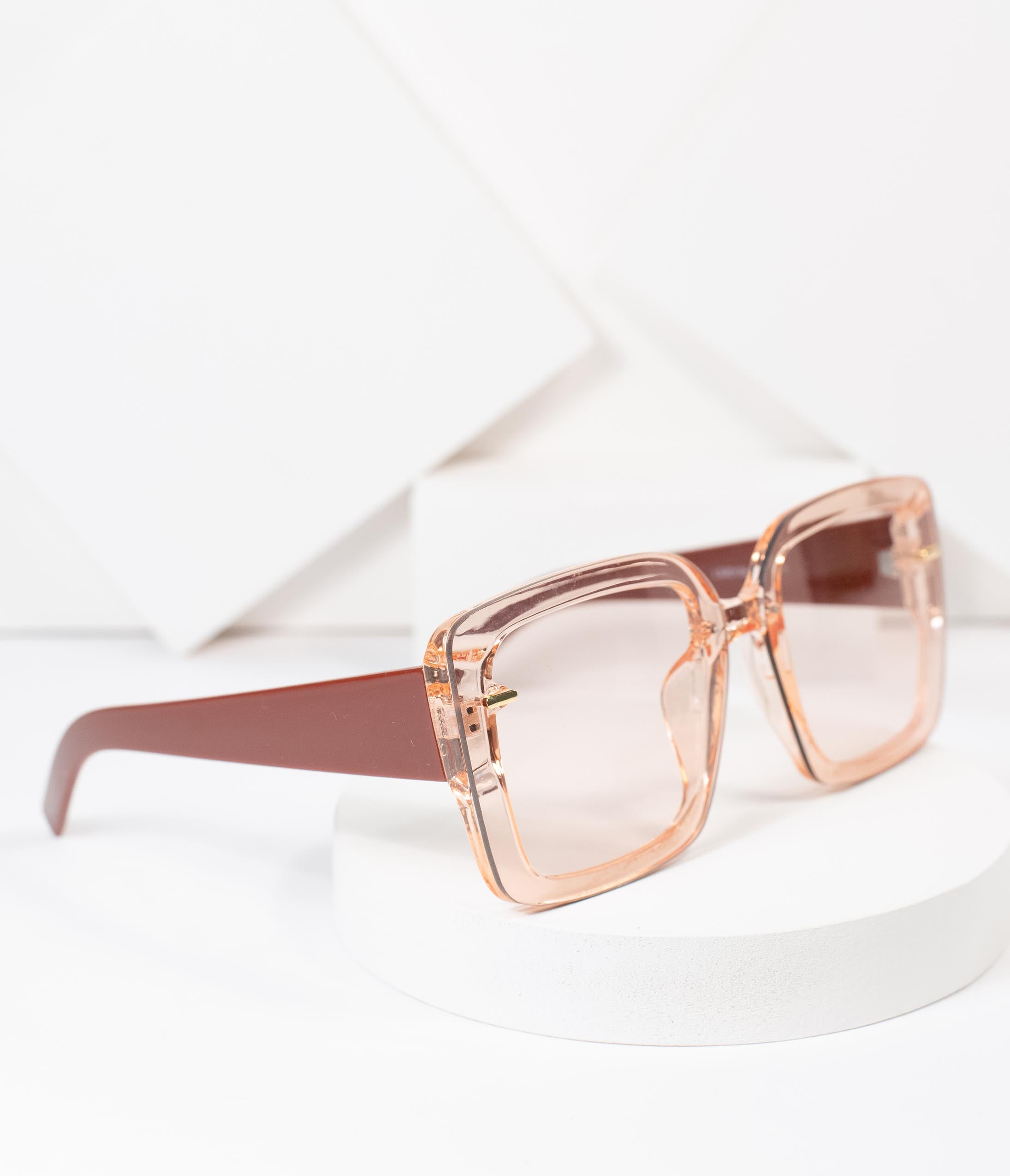 70s Clothes | Hippie Clothes & Outfits 1970S Style Pink Square Sunglasses $24.00 AT vintagedancer.com