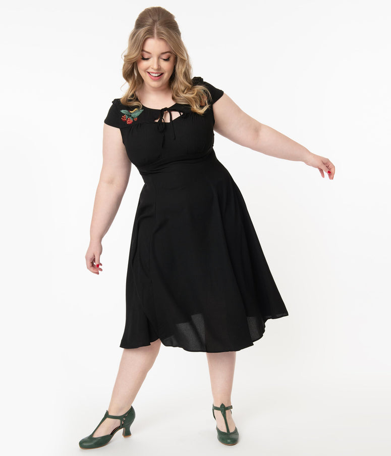 Plus Size 1940s Style Black & Strawberry Embroidery Adalee Swing Dress