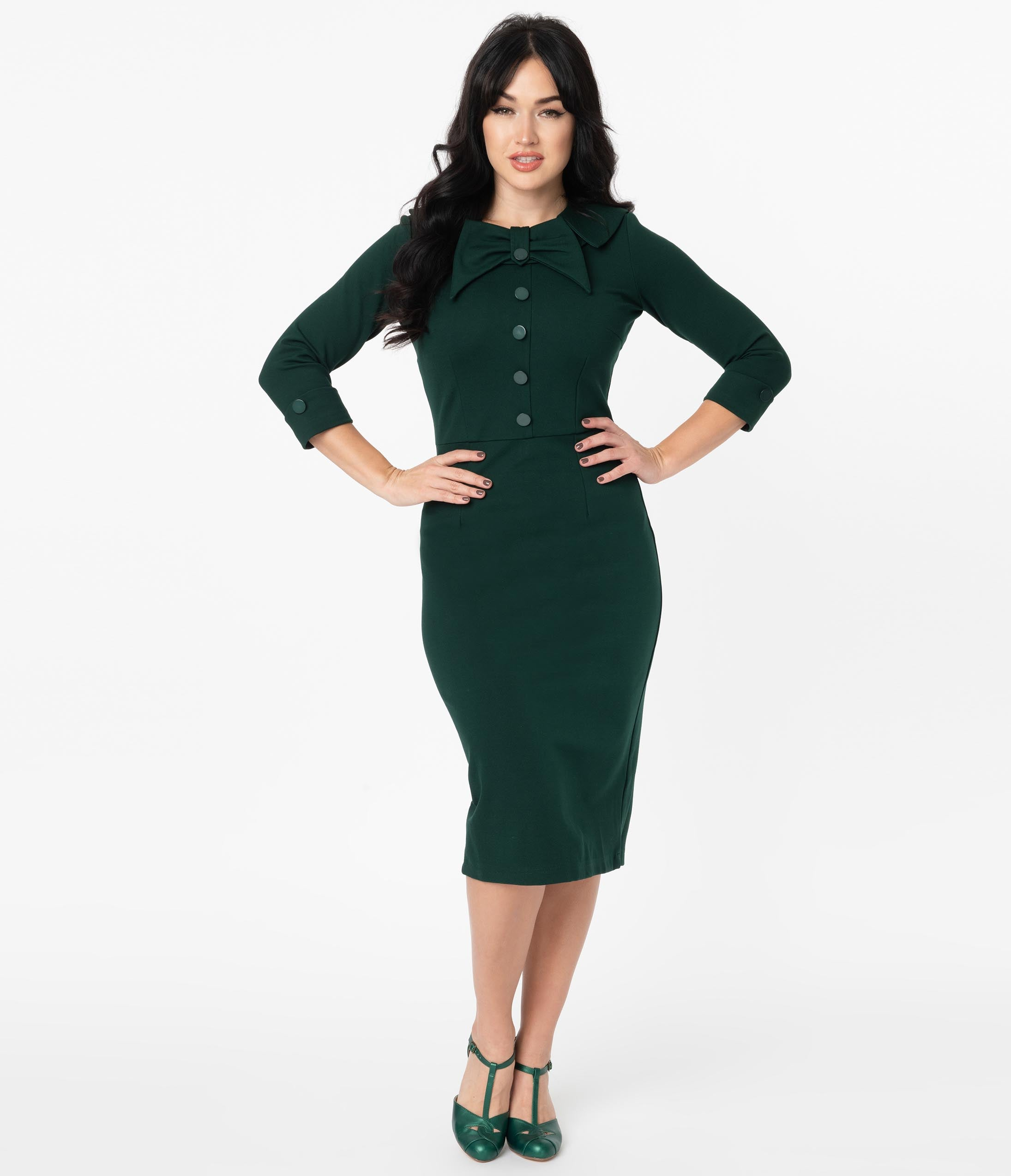 Wiggle Dresses | Pencil Dresses 40s, 50s, 60s 1940S Style Dark Green Ceo Wiggle Dress $142.00 AT vintagedancer.com