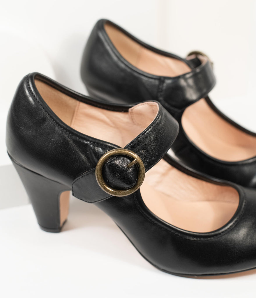 Chelsea Crew 1940s Black Leatherette Madeline Pumps