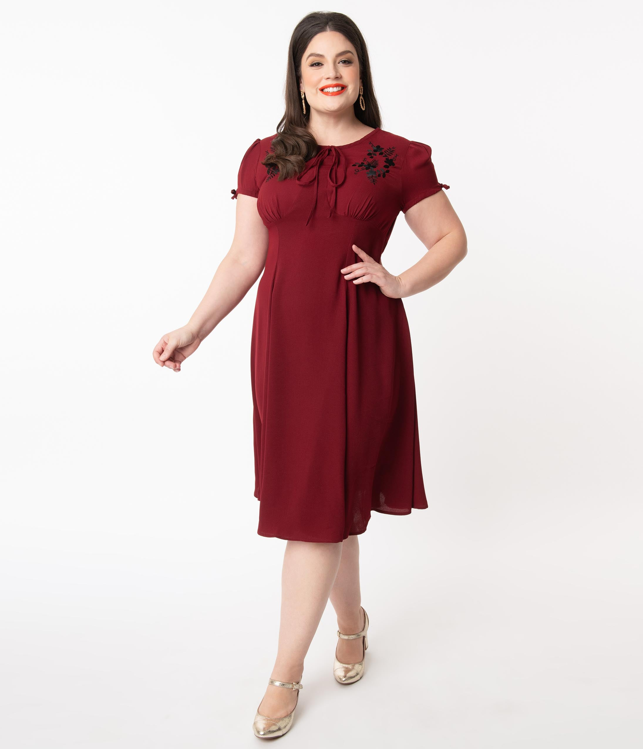 1940s Plus Size Fashion: Style Advice from 1940s to Today Plus Size 1940S Burgundy  Black Embroidered Floral Ava Swing Dress $88.00 AT vintagedancer.com