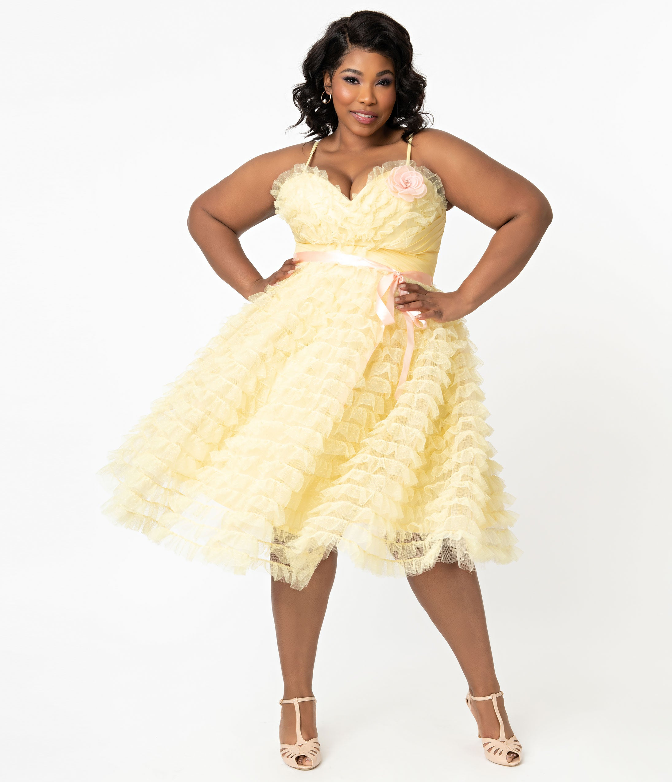 1950s Plus Size Dresses, Swing Dresses Grease X Unique Vintage Plus Size Yellow Tulle Frenchy Swing Dress $148.00 AT vintagedancer.com