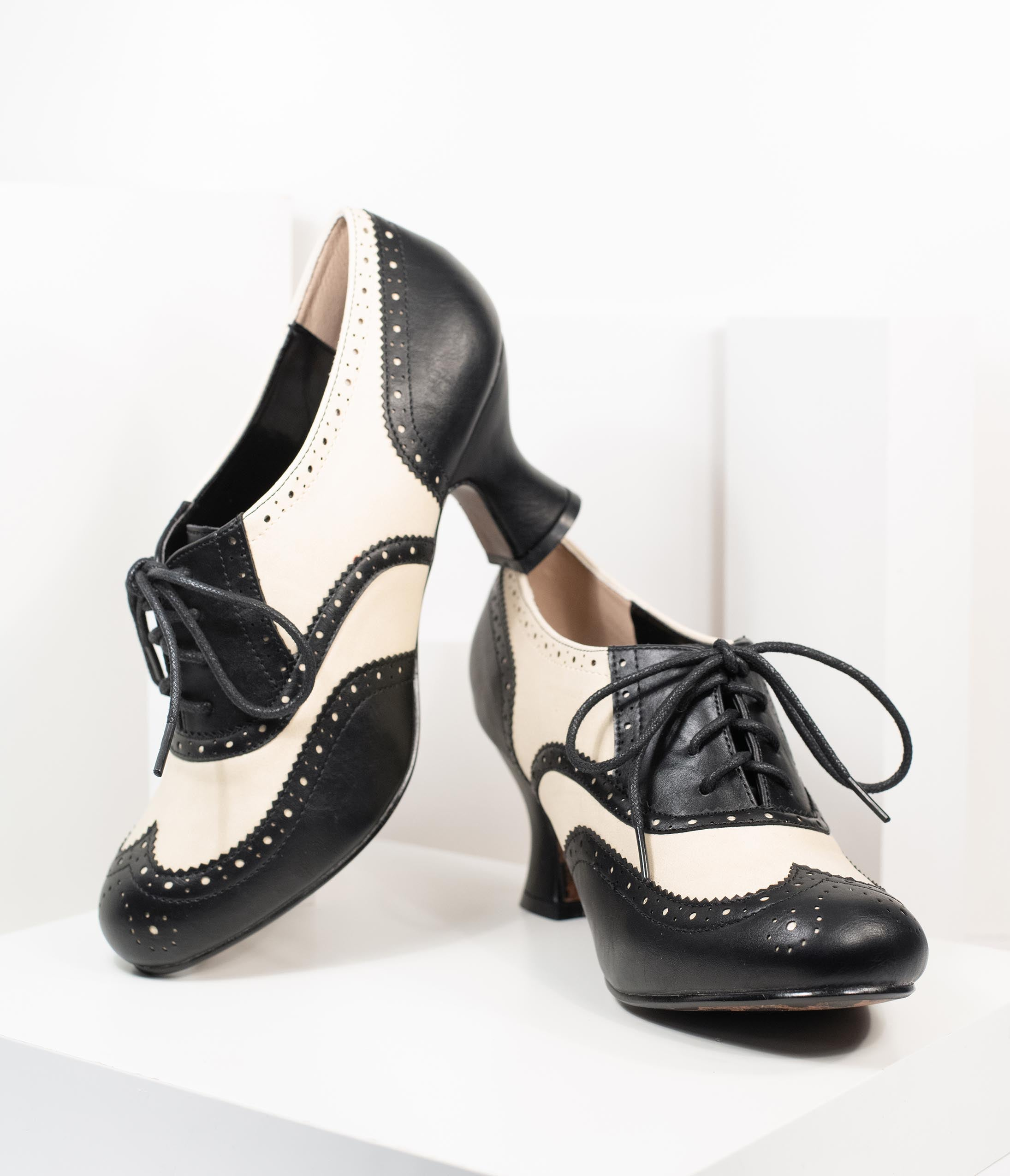 1920s Shoes for UK – T-Bar, Oxfords, Flats Bettie Page Black  Ivory Leatherette Patricia Oxford Heels $82.00 AT vintagedancer.com
