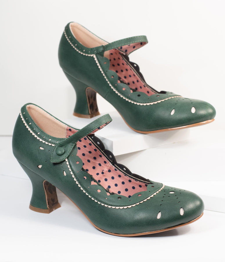Bettie Page 1940s Emerald Green Leatherette Joyce Heels