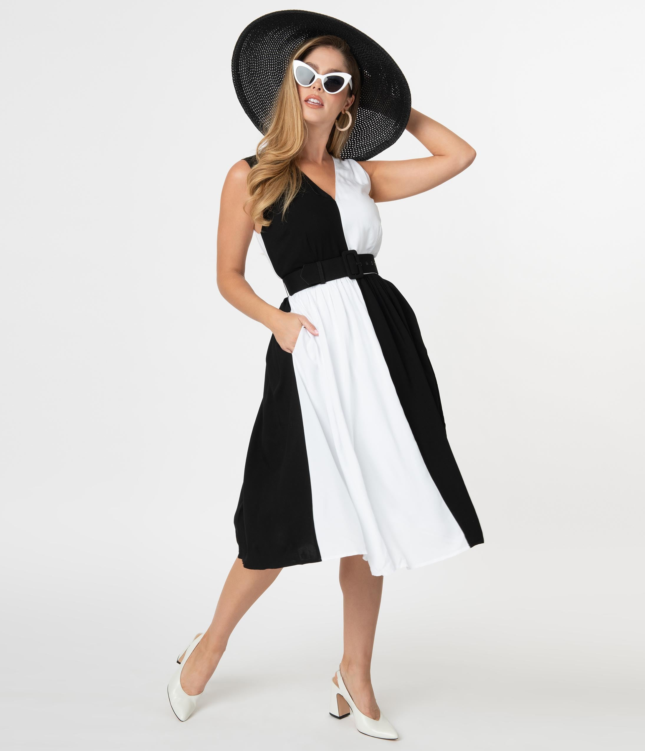 1950s Inspired Fashion: Recreate the Look Collectif 1950S Black  White Colorblock Enora Swing Dress $88.00 AT vintagedancer.com