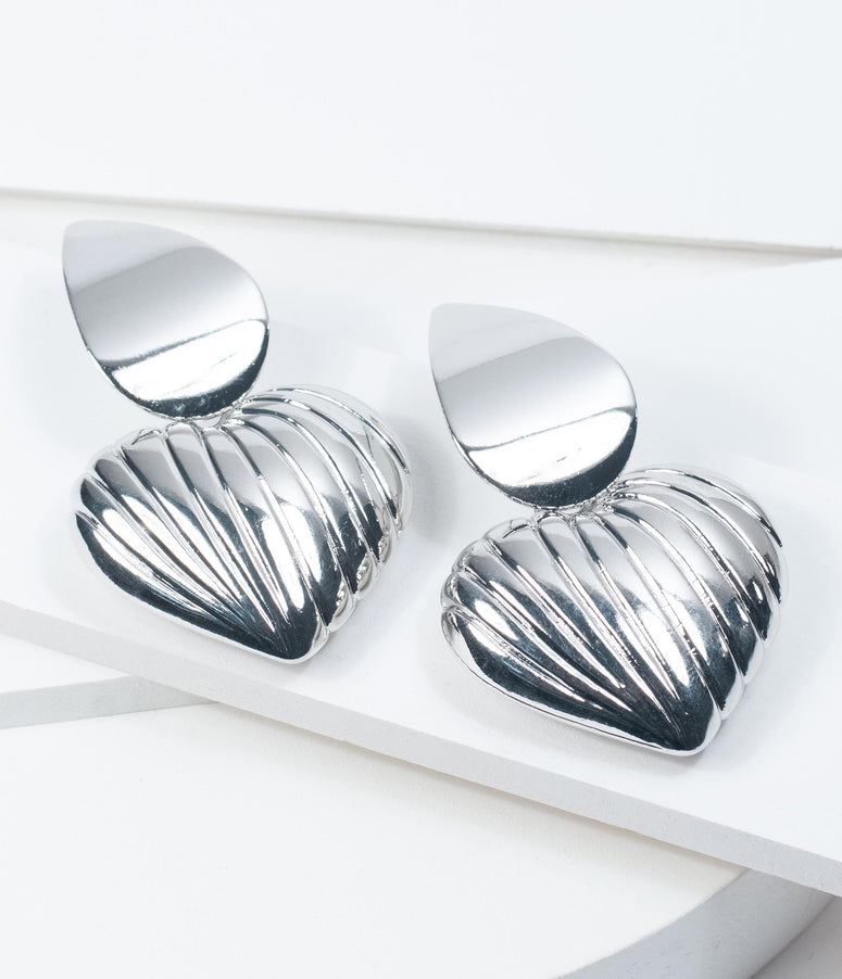 Retro Style Silver Grooved Heart Drop Earrings