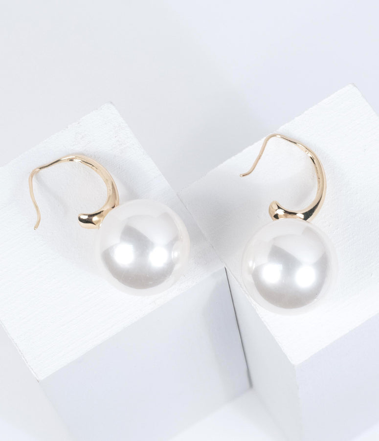 Large Ivory Pearl Drop Earring