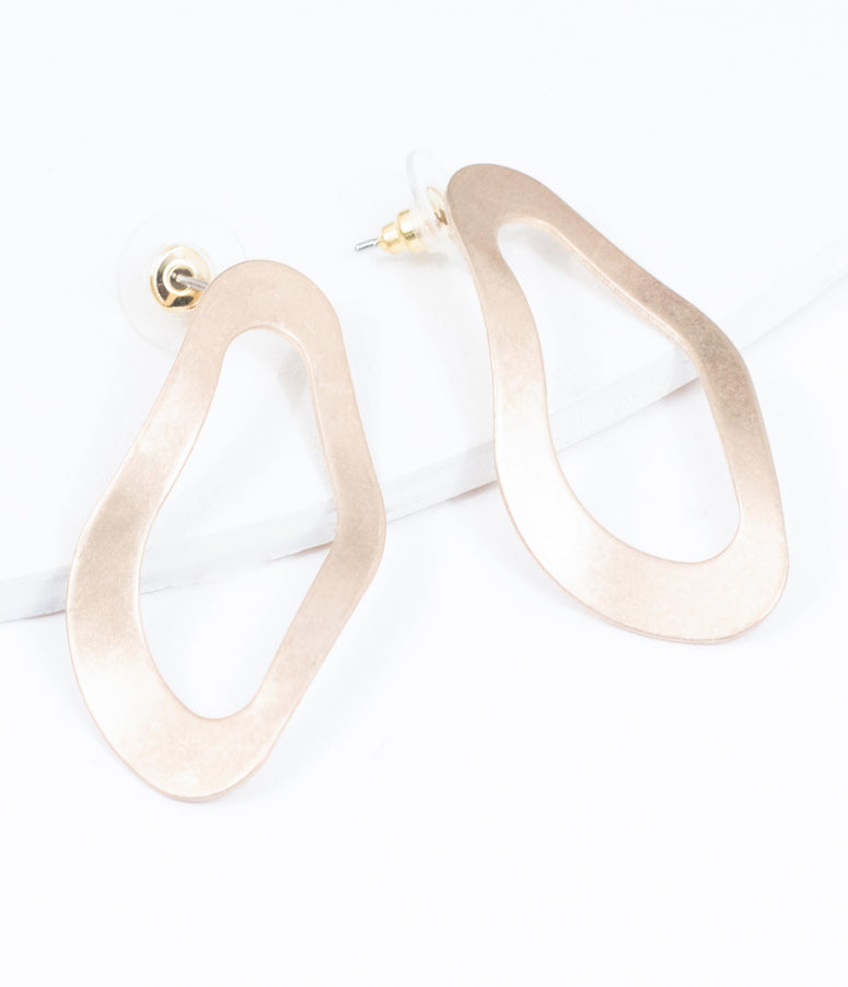 Gold Wavy Flat Circle Earrings