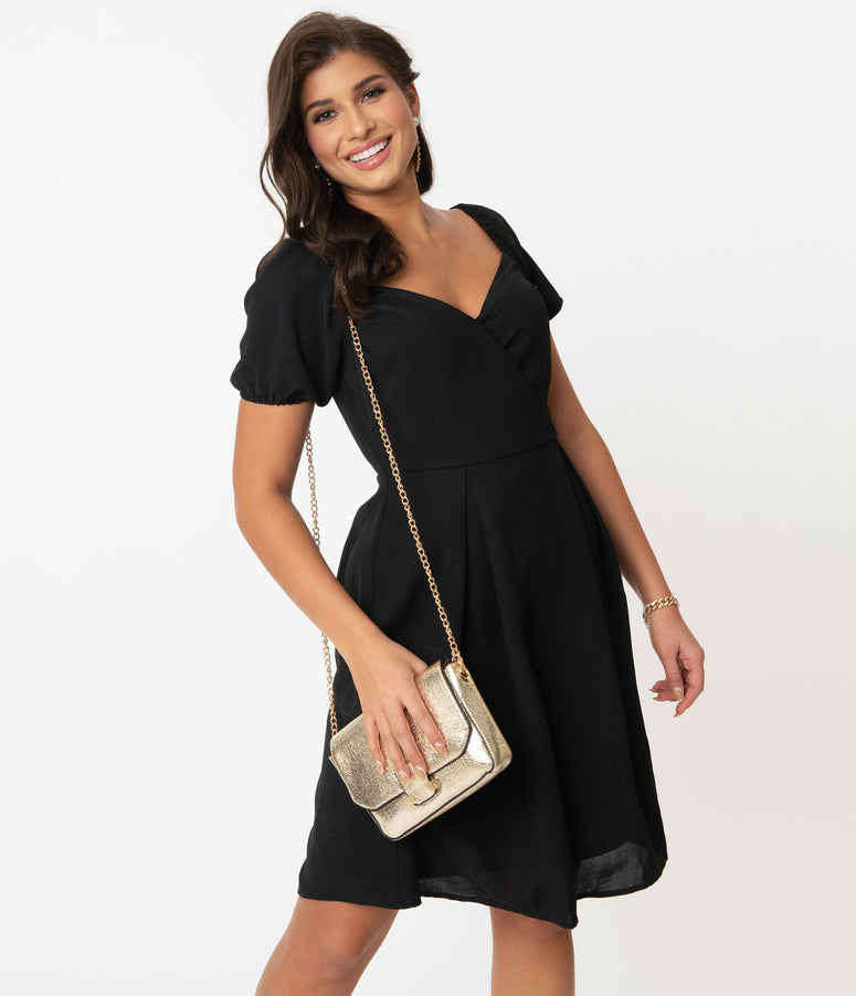 Black Pleated Short Sleeve Flare Dress