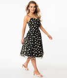 1950s Style Black & White Daisy Print Ray Swing Dress