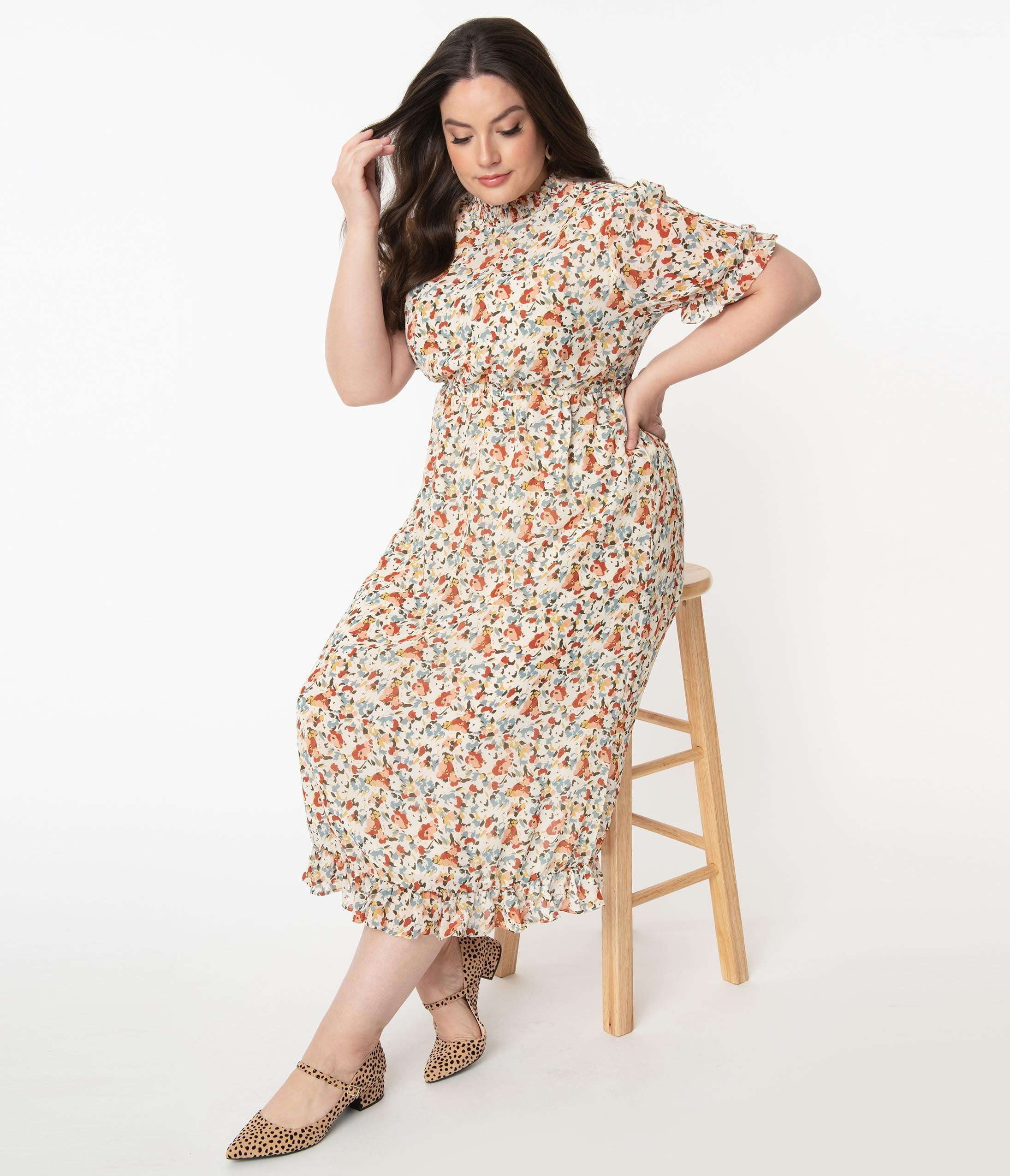 1940s Fashion Advice for Tall Women Plus Size 1940S Style Off White  Multicolor Floral Print Midi Dress $68.00 AT vintagedancer.com