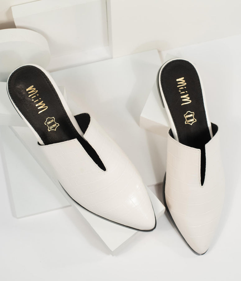 Ivory Reptile Embossed Notched Mules