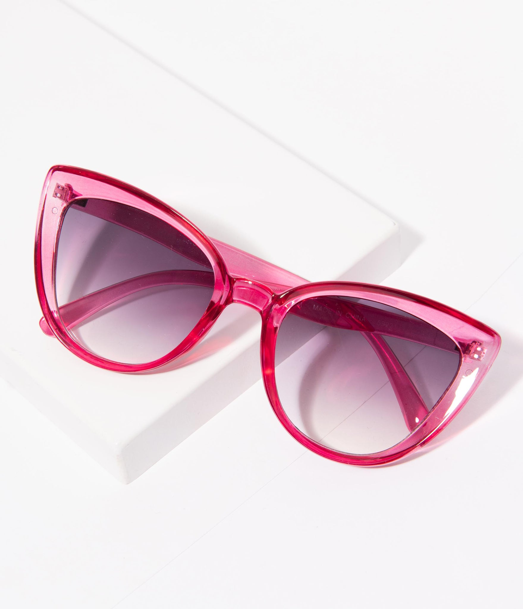 Vintage Style Hot Pink Crystal Sweet Stuff Cat Eye Sunglasses