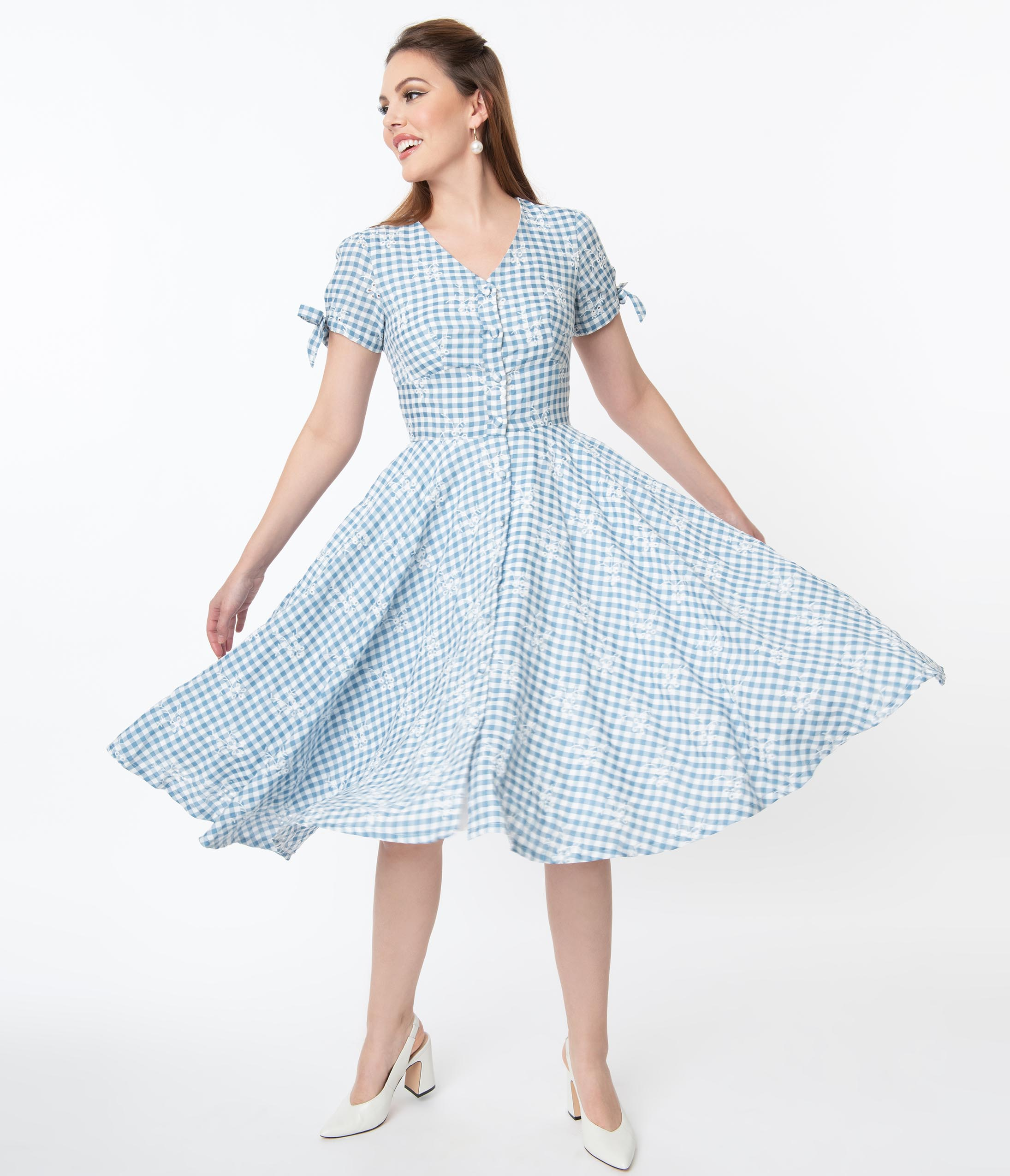 What Did Women Wear in the 1950s? 1950s Fashion Guide Magnolia Place 1950S Blue Gingham Eyelet Eleanor Swing Dress $88.00 AT vintagedancer.com
