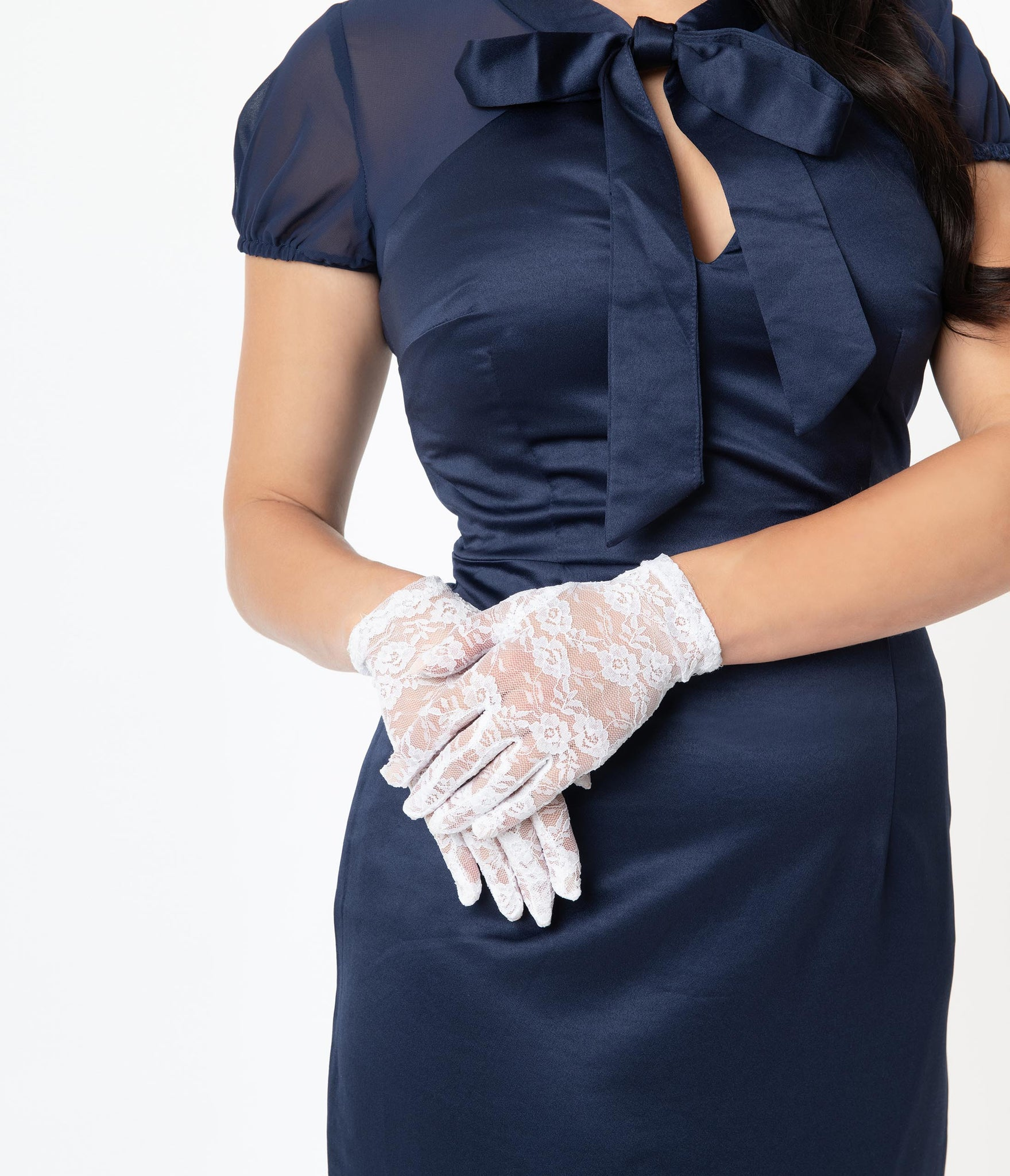 White Floral Lace Gloves