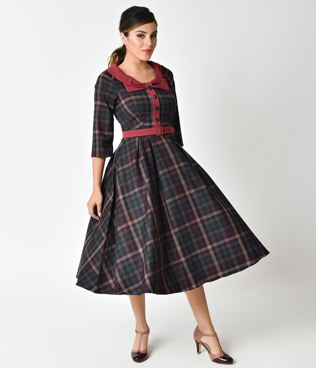 1940s Style Dresses | 40s Dress, Swing Dress 1940s Style Dark Plaid Sleeved Kellie Alberta Swing Dress $152.00 AT vintagedancer.com