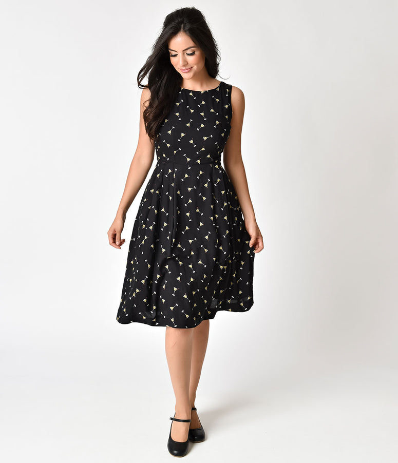 1950s Style Black Manhattan Cocktails Print Sleeveless Penny Dress