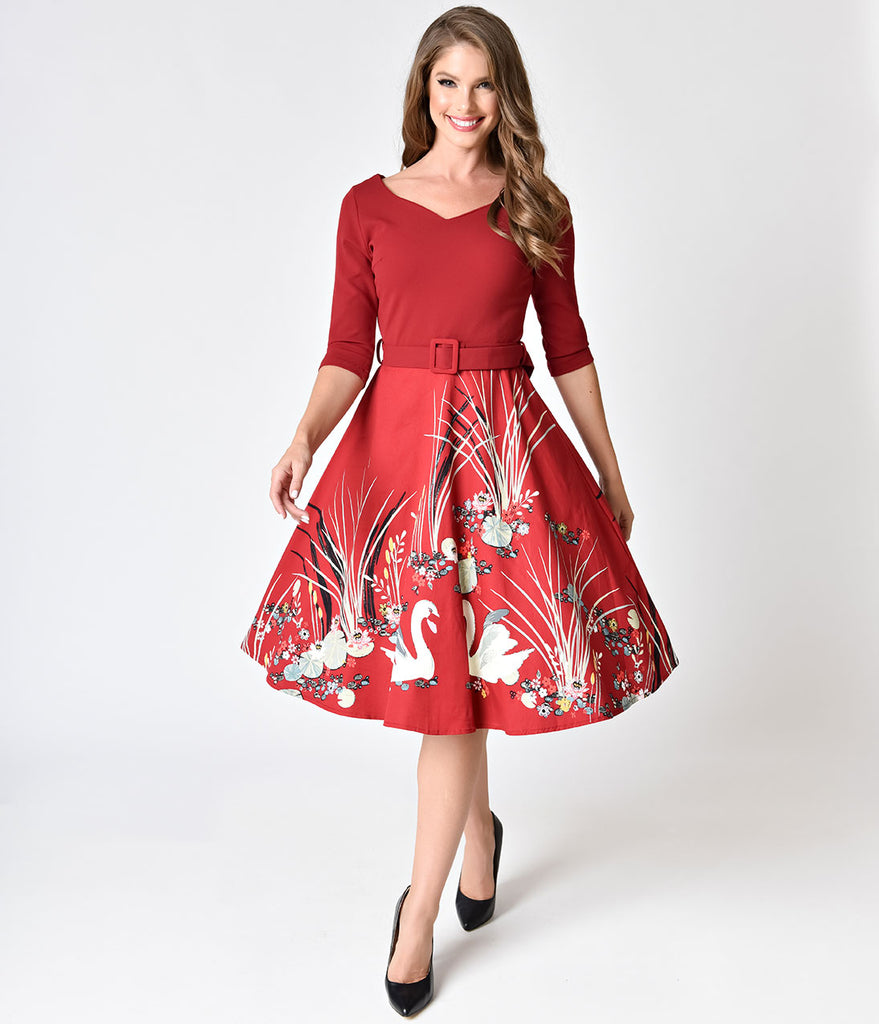 1950s Style Burgundy Swan Scene Print Sleeved Swing Dress