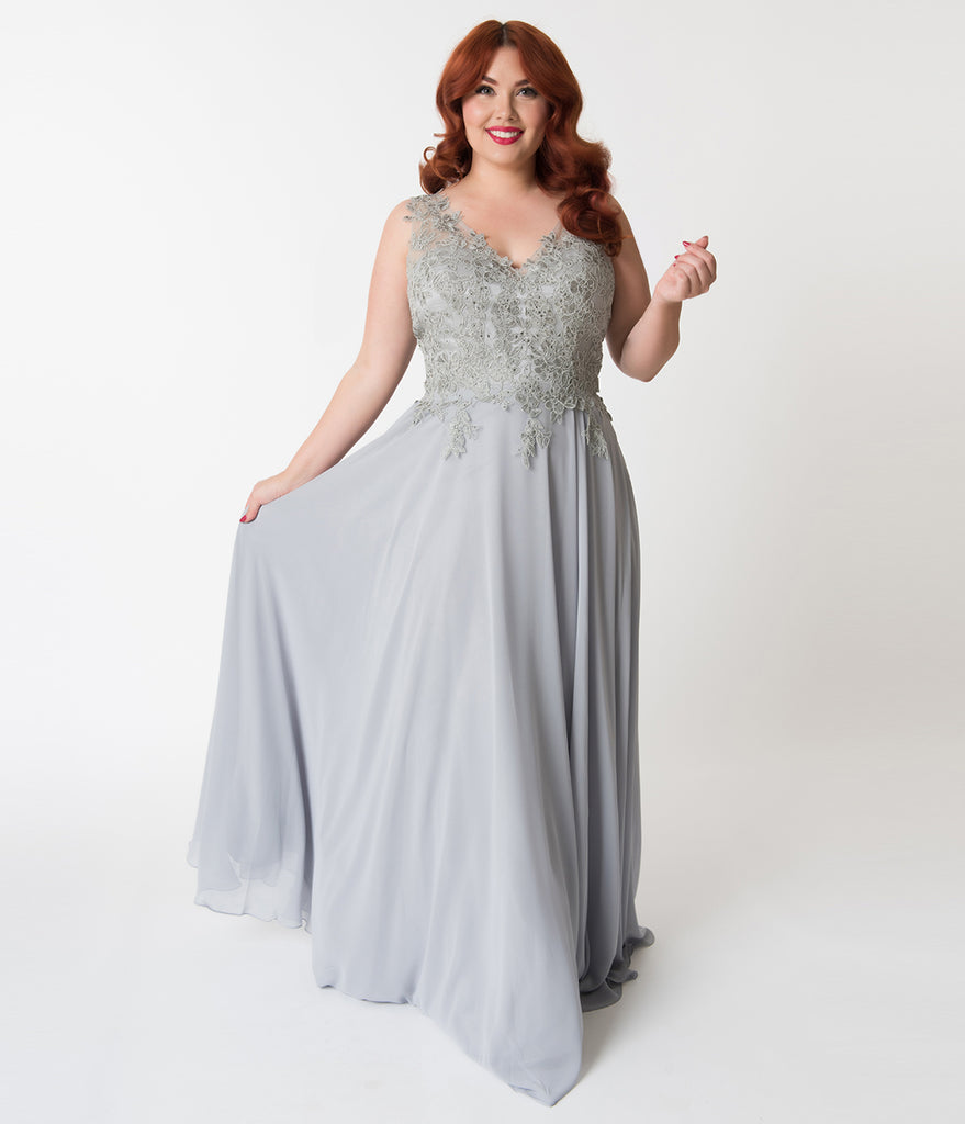 e08a71f812b6 ... Plus Size Silver Embellished Floral Lace & Chiffon V-Neck Gown ...