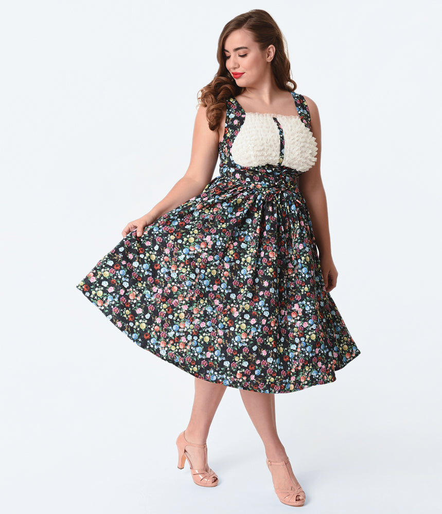 Unique Vintage Plus Size Black & Ditzy Floral Print Fields Swing Dress