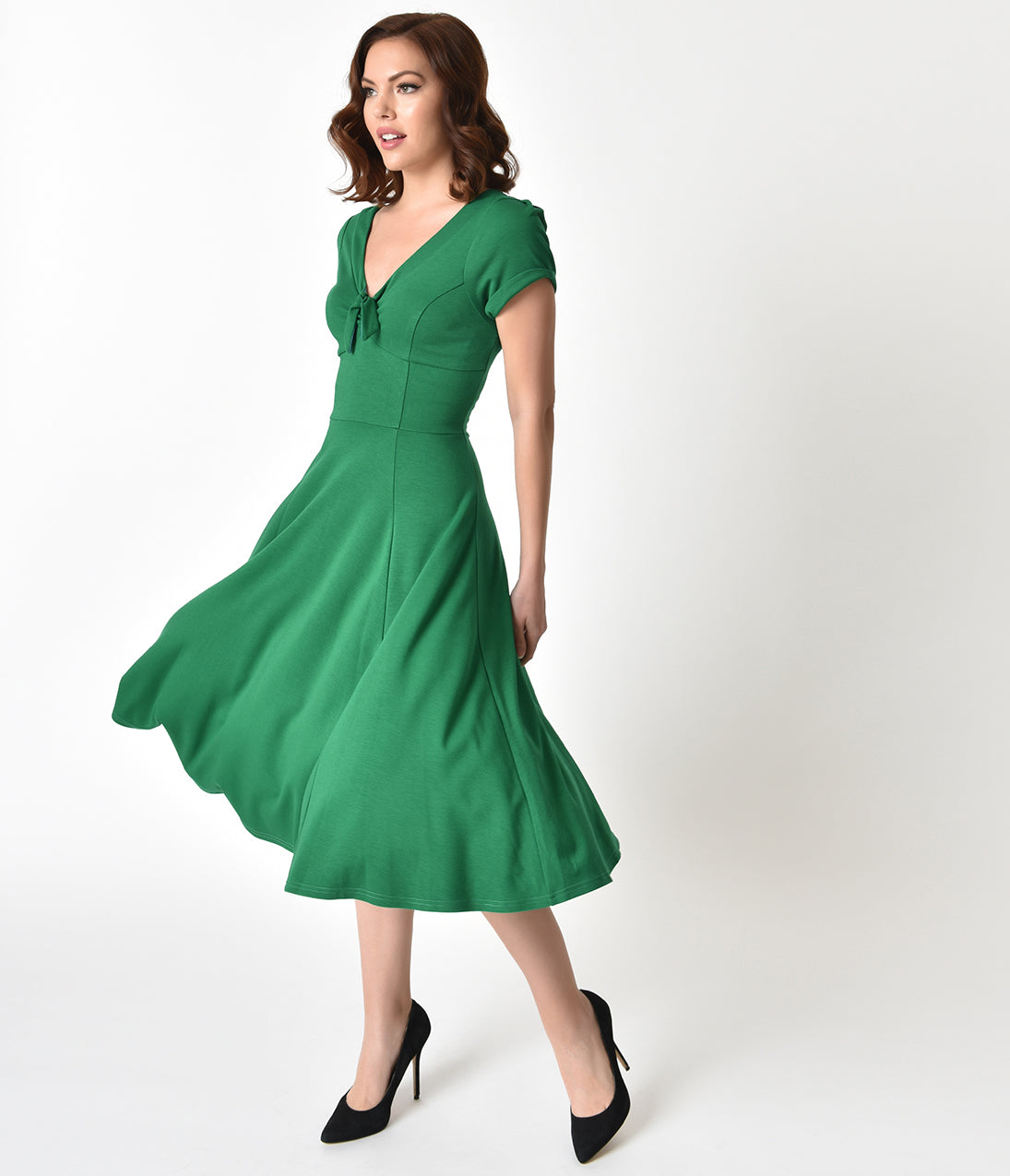 Vintage Tea Dresses, Floral Tea Dresses, Tea Length Dresses Unique Vintage 1940S Style Green Knit Short Sleeve Natalie Swing Dress $78.00 AT vintagedancer.com