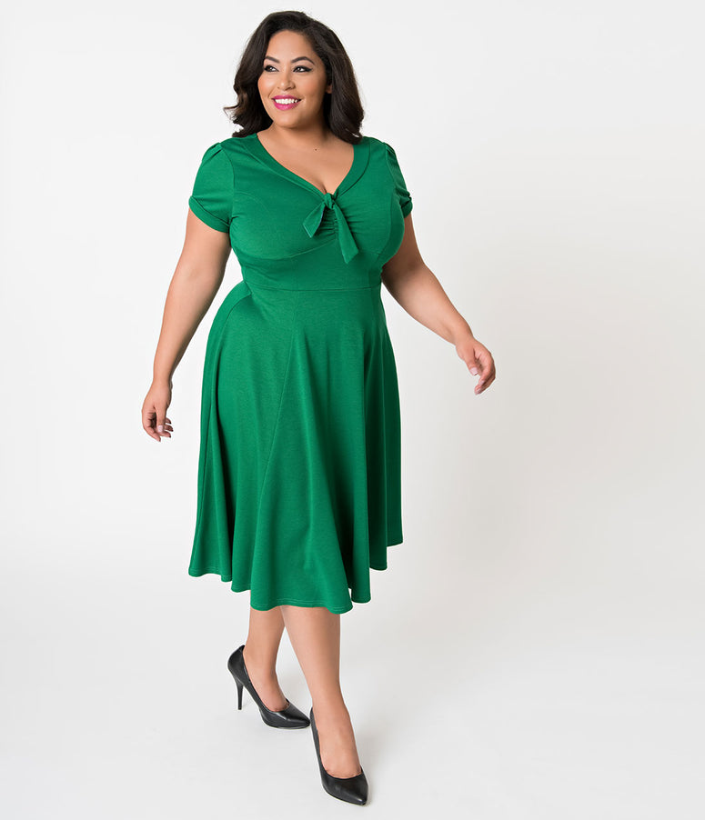 Unique Vintage Plus Size 1940s Style Green Knit Short Sleeve Natalie Swing Dress