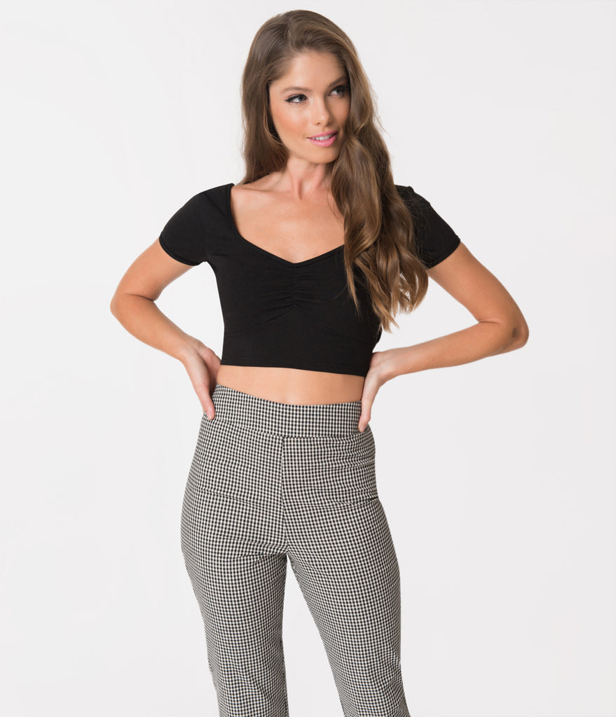 Steady Retro Style Black Sweetheart Short Sleeve Stretch Isabelle Crop Top