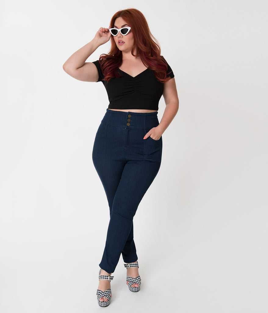 Steady Retro Style Plus Size Black Sweetheart Short Sleeve Stretch Isabelle Crop Top