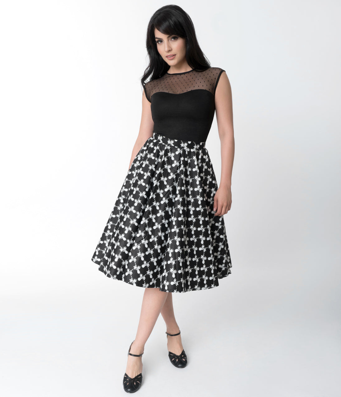 Rockabilly Dresses | Rockabilly Clothing | Viva Las Vegas Vintage Style Black  White Ukulele Print Cotton Circle Skirt $42.00 AT vintagedancer.com