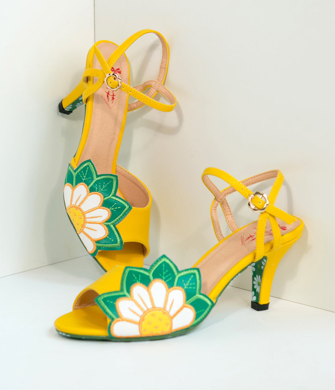 1950s Style Shoes Banned Yellow Daisy Floral Leatherette Peep Toe Heels $66.00 AT vintagedancer.com
