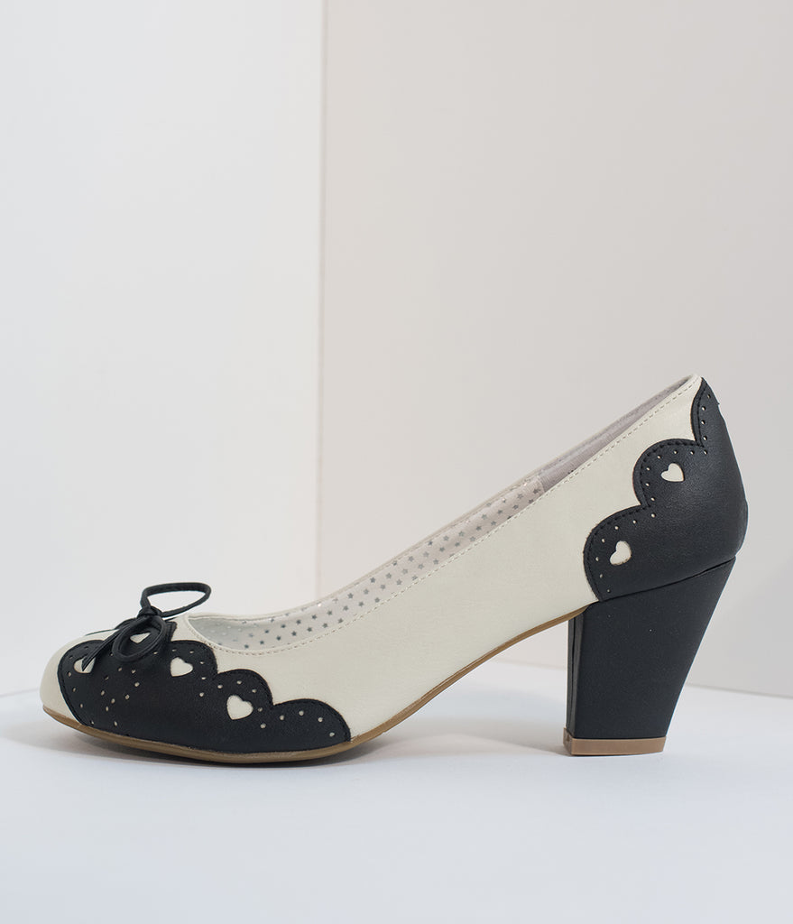 Vintage Style Black & Cream Cutout Leatherette Wiggle Pumps