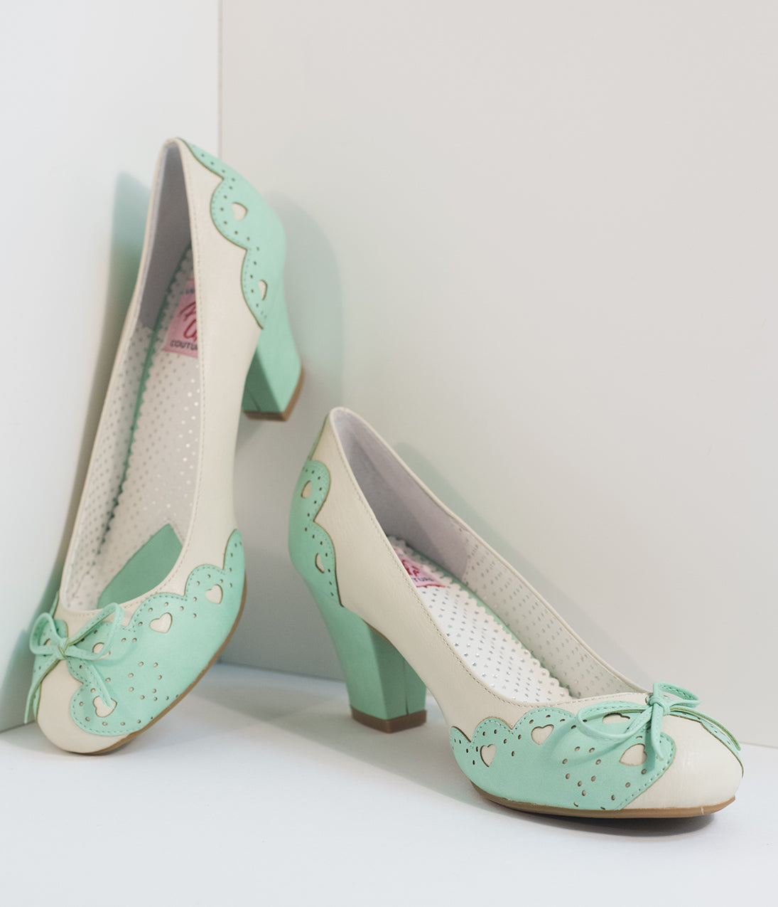 1950s Style Shoes Vintage Style Mint  Cream Cutout Leatherette Wiggle Pumps $68.00 AT vintagedancer.com