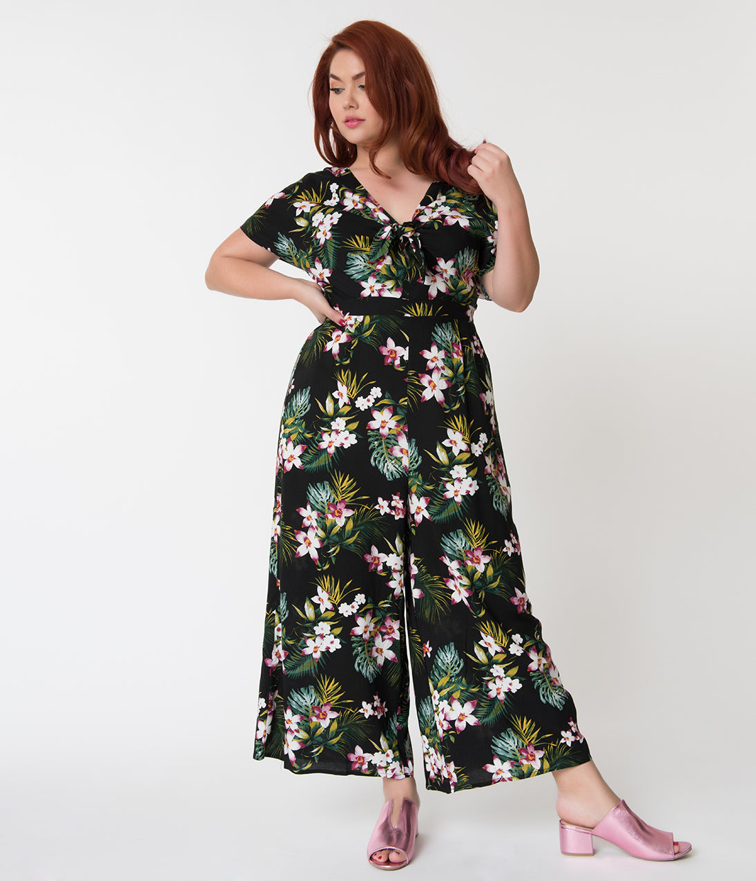 1930s Art Deco Plus Size Dresses | Tea Dresses, Party Dresses Retro Style Plus Size Black Tropical Print Wide Leg Jumpsuit $58.00 AT vintagedancer.com