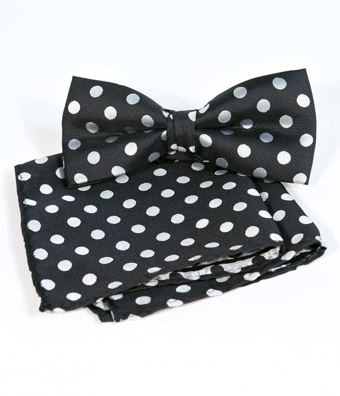 1940s Men's Fashion, Clothing Styles Retro Style Black  White Polka Dot Bow Tie  Pocket Square $12.00 AT vintagedancer.com
