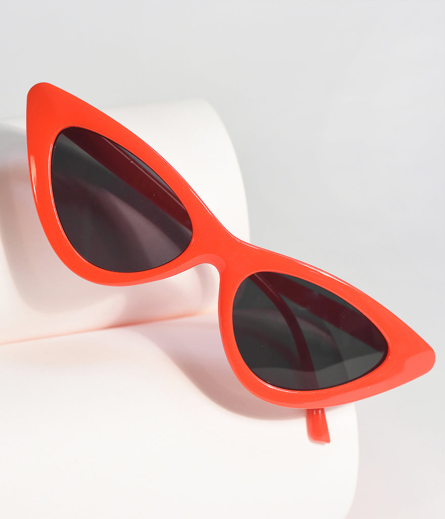 f30b3a636fca Red Cherry Retro Cat Eye Sunglasses – Unique Vintage