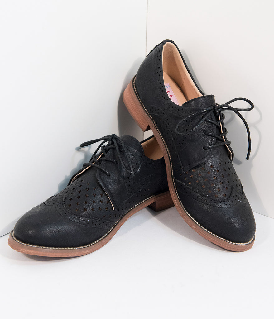 Retro Style Black Leatherette Oxford Shoes