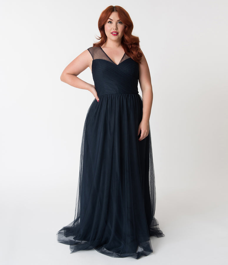Plus Size Navy Blue Mesh Wrapped Sweetheart Neckline Long Dress
