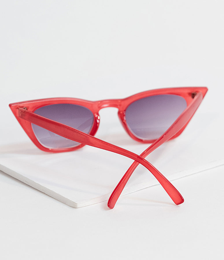 Retro Style Red Country Side Cat Eye Sunglasses
