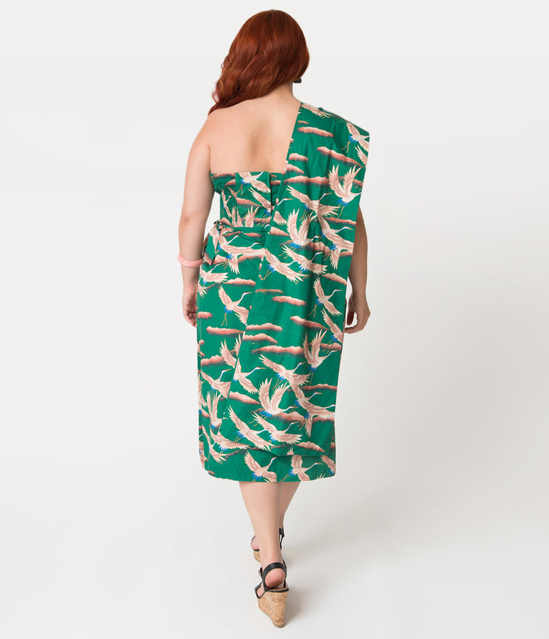 Alfred Shaheen Plus Size Green Cranes Print Sarong