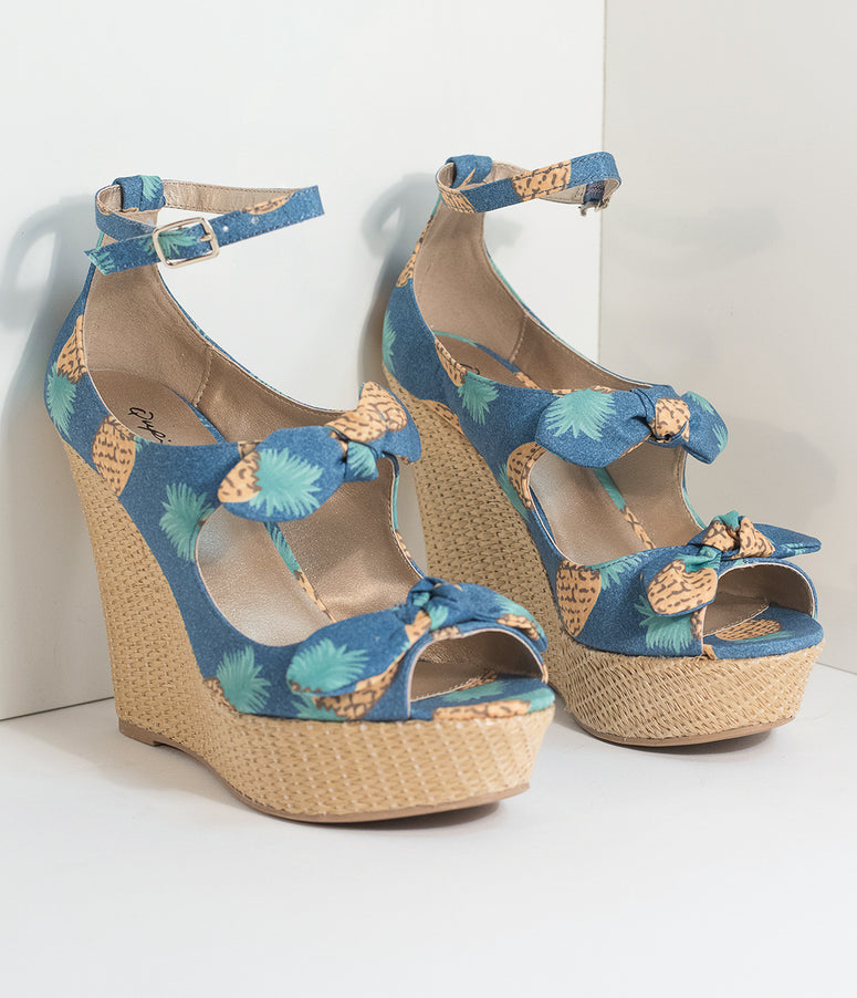 Blue Bowknot & Pineapple Print Platform Wicker Wedges