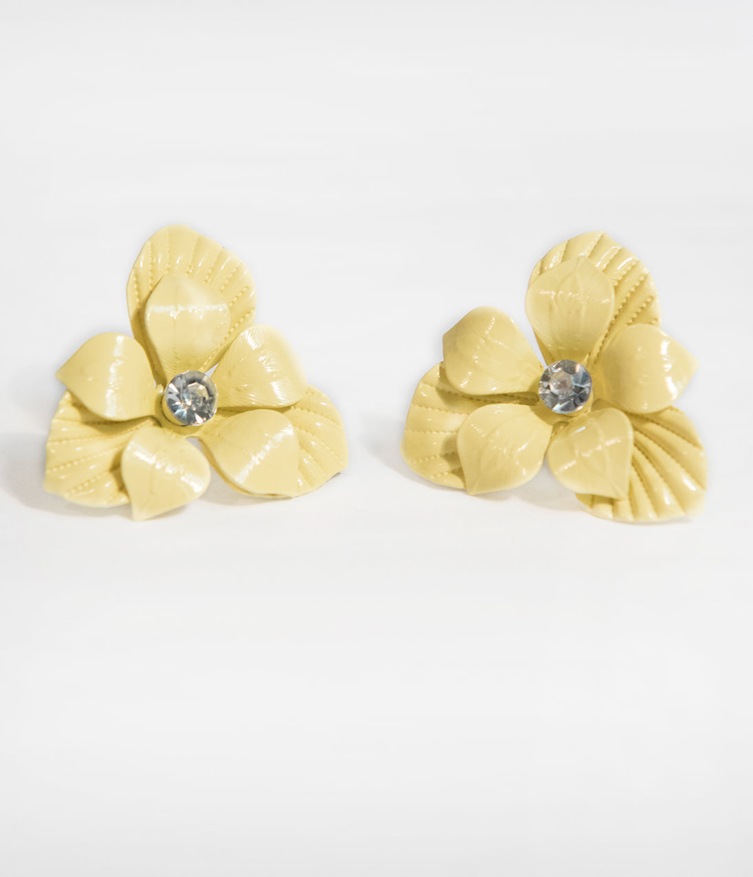 50s Jewelry: Earrings, Necklace, Brooch, Bracelet Yellow Floral Metal Stud Earrings $12.00 AT vintagedancer.com